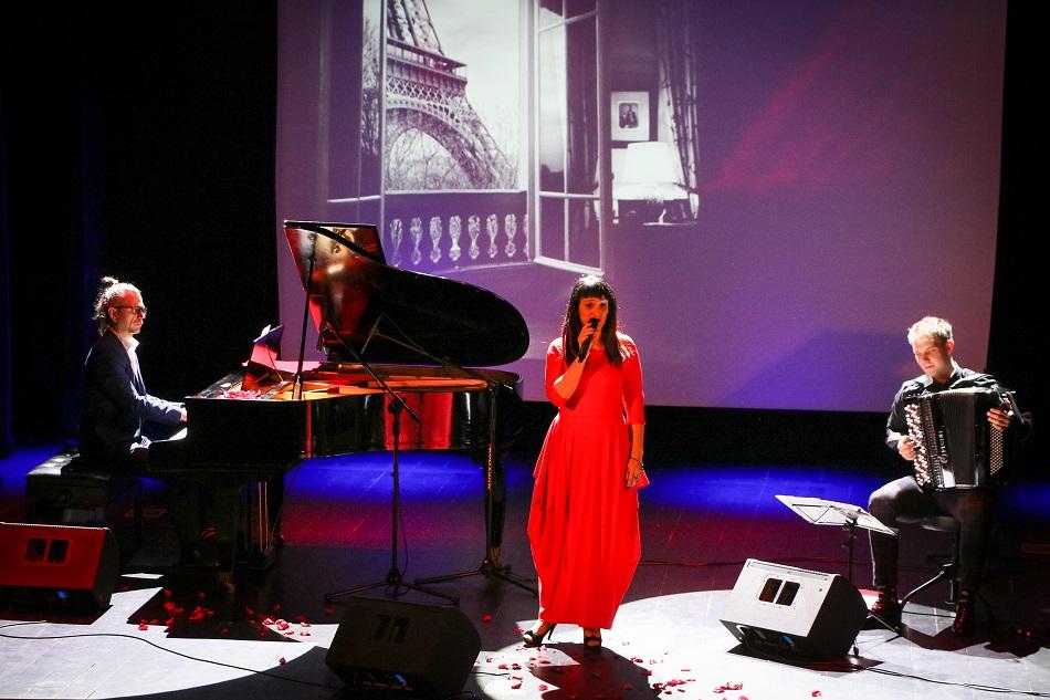 theART Agencja Artystyczna recitale koncert piosenki francuskie Edith Piaf Beata Marczewska (13) mały