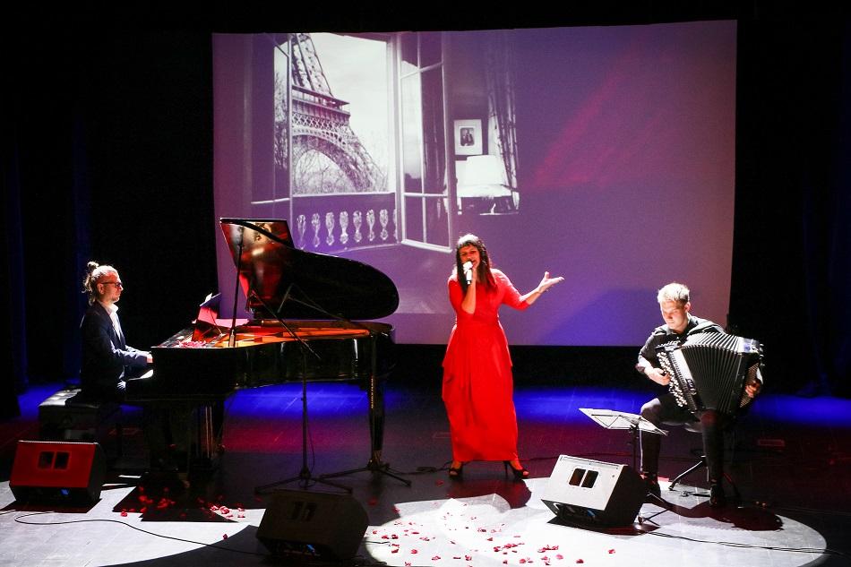 theART Agencja Artystyczna recitale koncert piosenki francuskie Edith Piaf Beata Marczewska (14) mały