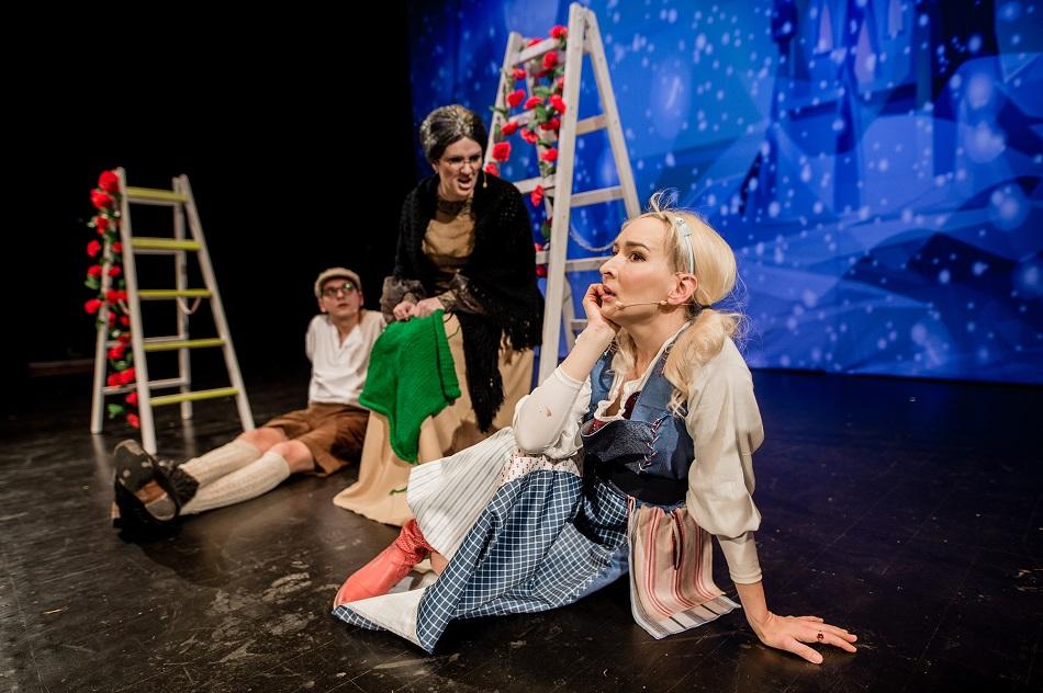 Śnieżna Królowa – opowieść zimowa Królowa Śniegu bajka muzyczna Beata Marczewska bajka (2)