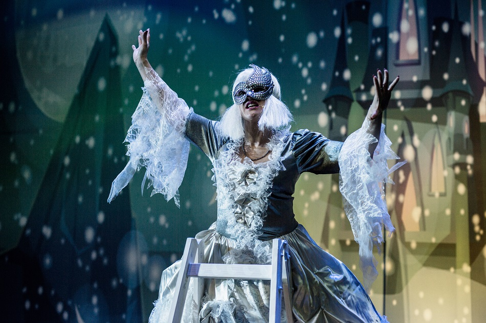 Śnieżna Królowa – opowieść zimowa Królowa Śniegu bajka muzyczna Beata Marczewska spektakl online 5